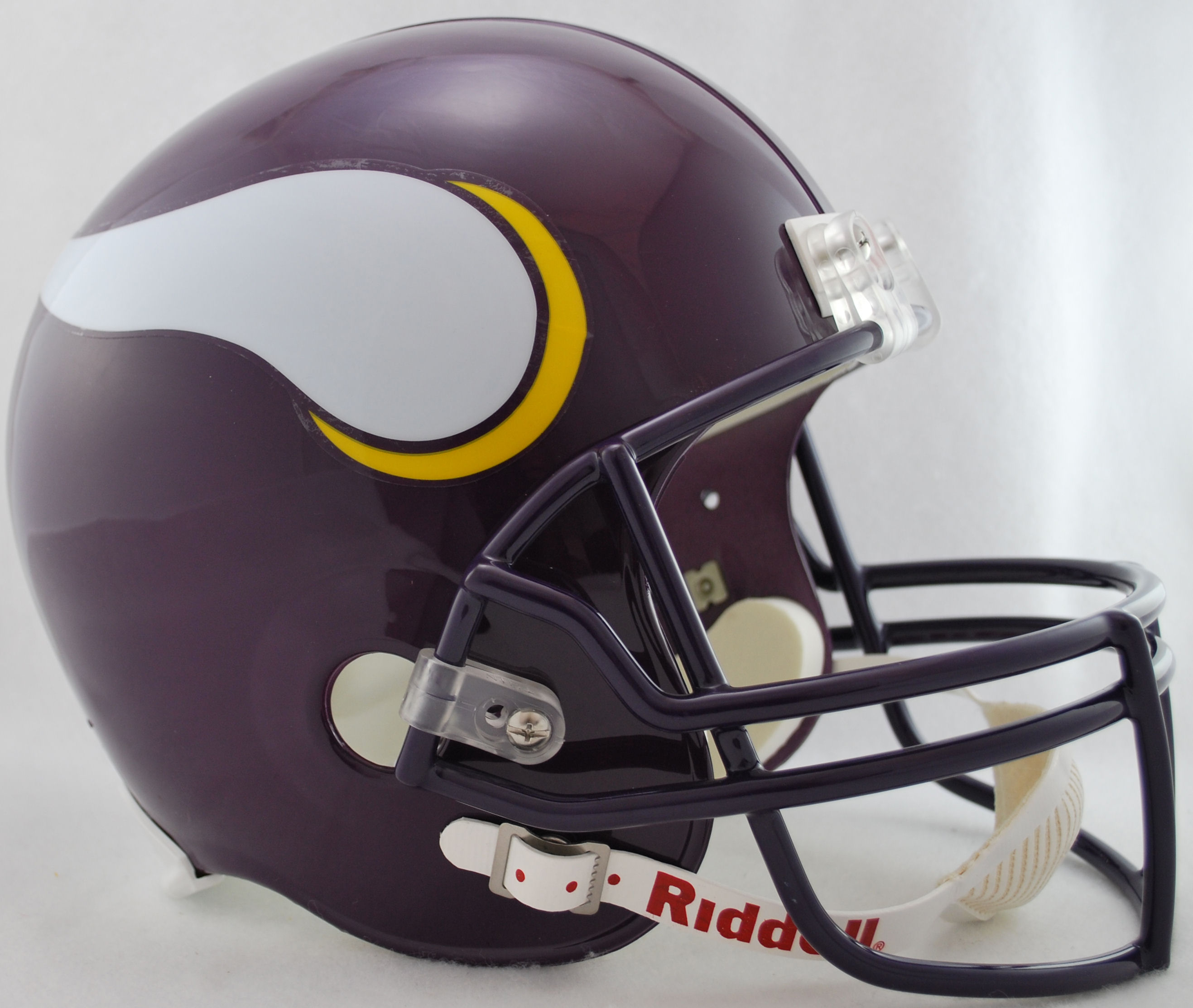Minnesota Vikings 1983 to 2001 Full Size Replica Throwback Helmet