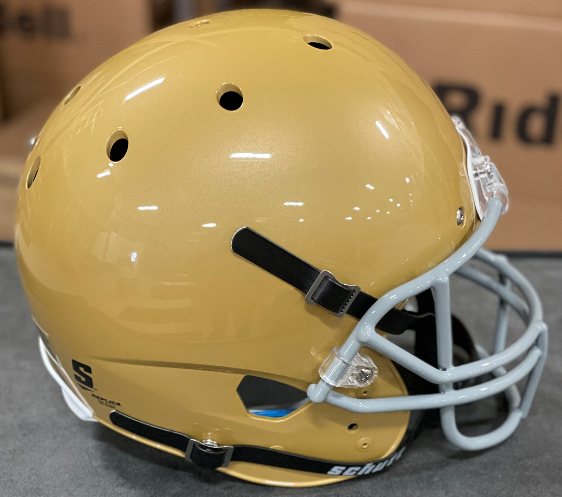 Notre Dame Fighting Irish Full XP Replica Football Helmet Schutt